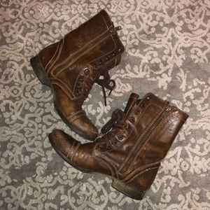 Steve Madden leather combat boots size 6